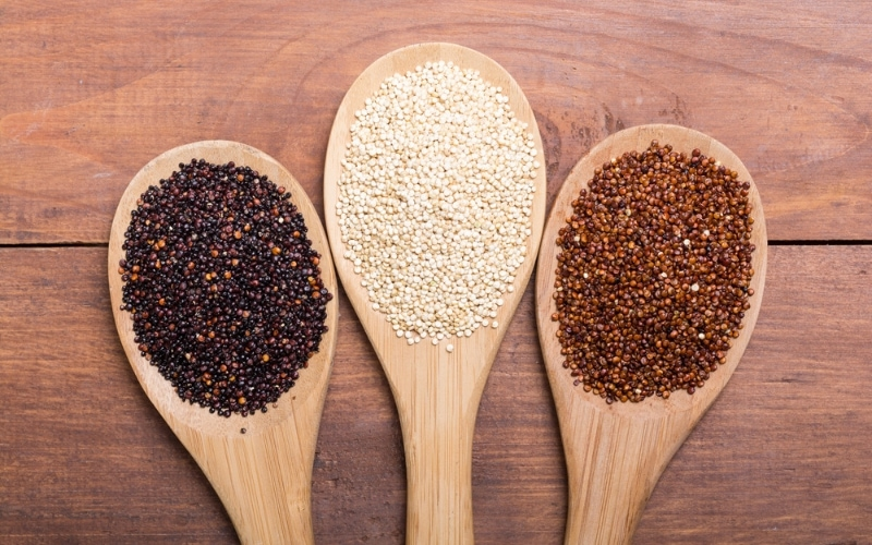main types of quinoa include white quinoa, red quinoa, and black quinoa