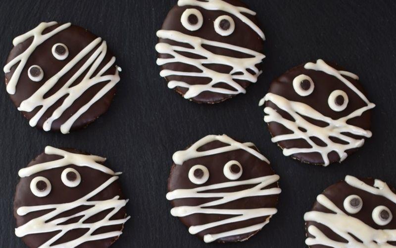 vegan Halloween cookies